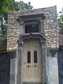 Antieke buitendeuren, voordeuren op maat gemaakt in oud eikenhout of grenenhout – Antique doors, frontdoors can be fully customized in old oak or pinewood (pitch pine).