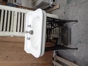 single wash basin on Singer pedestal