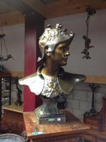 Goldsneider buste in bronze