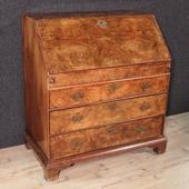 Antique english bureau in walnut root with rich interior of the nineteenth century