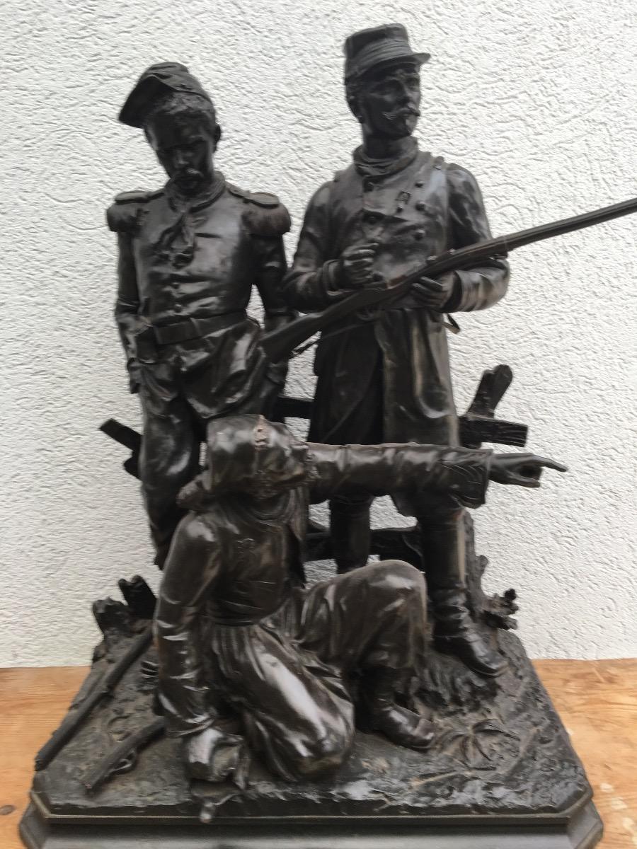 Bronzen beeld Soldaten