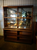 Vintage shop vitrine cabinet